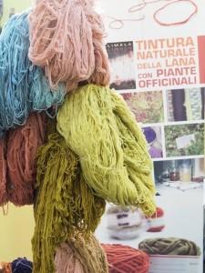 Viacalimala-Viacalimala-filati-Titure-naturali-con-piante-tintorie